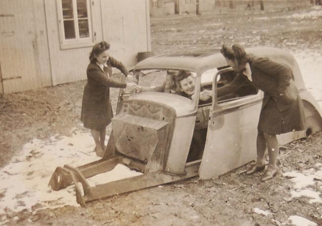 03-Matuszak_19451